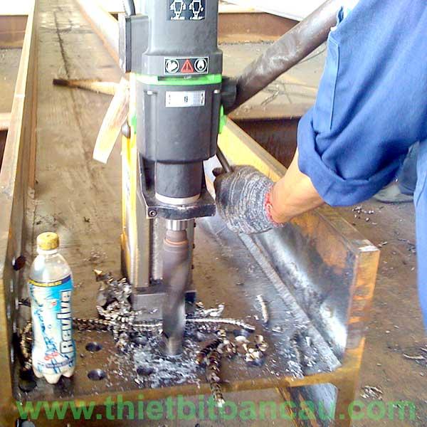 Chọn máy khoan từ khoan dầm thép