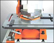 Khuôn V máy cắt đột dập liên hợp IW-45K